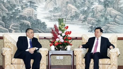 張委員長訪澳透析的重要信息<br/>Zhang Dejiang's visit to Macao brought important in...