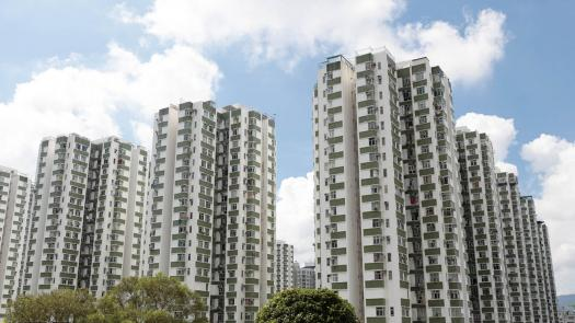 港樓暢旺越升越有<br/>Hong Kong housing markets are with high appreciation ...