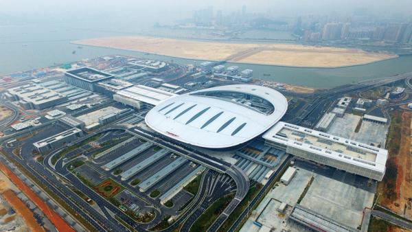 推進粵港澳大灣區互聯互通?重點突破港珠澳大橋瓶頸<br/>Promoting the connectivity of the Guangdong-Hong Kong...